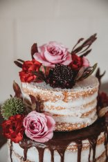 Cake by Flattycakes. Photo by Amber Koelling Photography