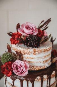 Cake by Flattycakes. Photo by Amber Koelling Photography